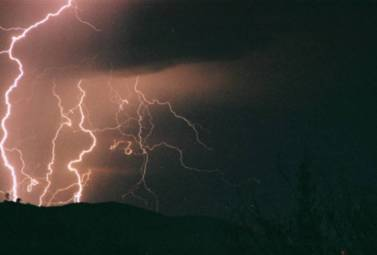 lightninginthehighcountry.jpg