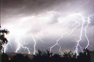 lightningovermingusmountains.jpg